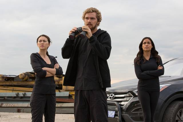 Colleen Wing, Danny Rand a Claire Temple