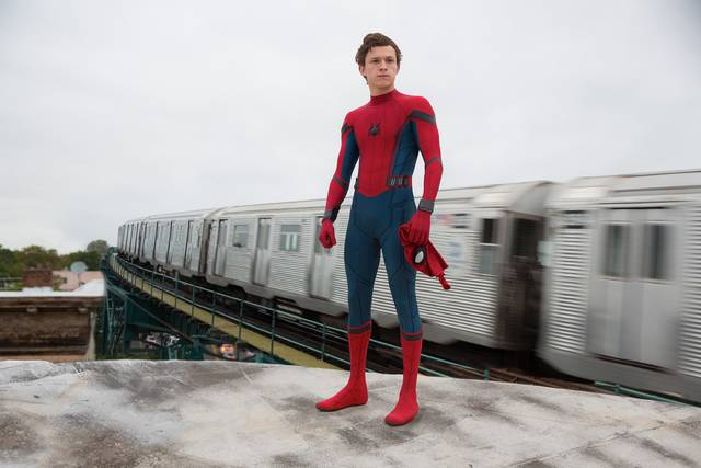 Tom Holland è Spider-Man