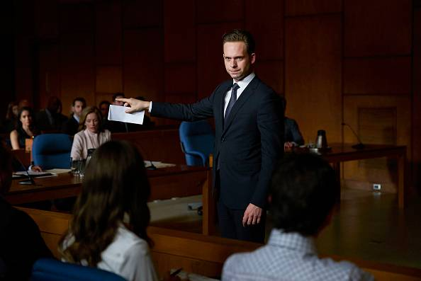 Suits%205x15%20promo%207 mid