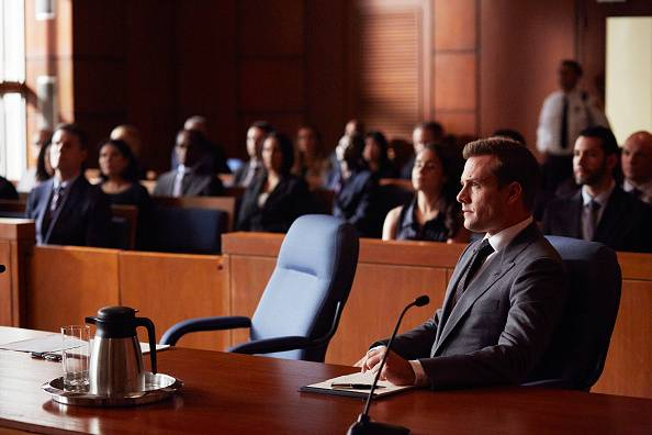 Suits%205x15%20promo%208 mid