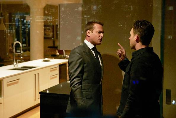 Suits%205x16%20promo%2010 mid