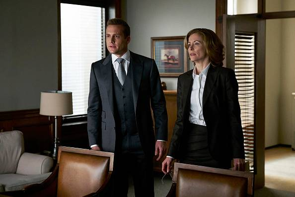 Suits%205x16%20promo%2011 mid