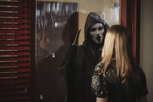 Scream%202x05%20promo%203 mid