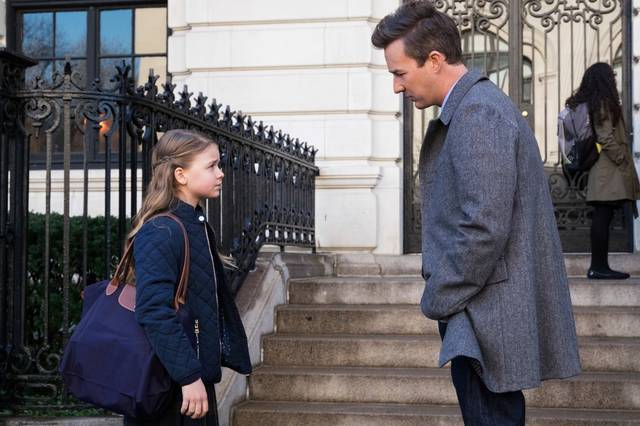Collateral Beauty Edward Norton Kylie Rogers foto dal film 1