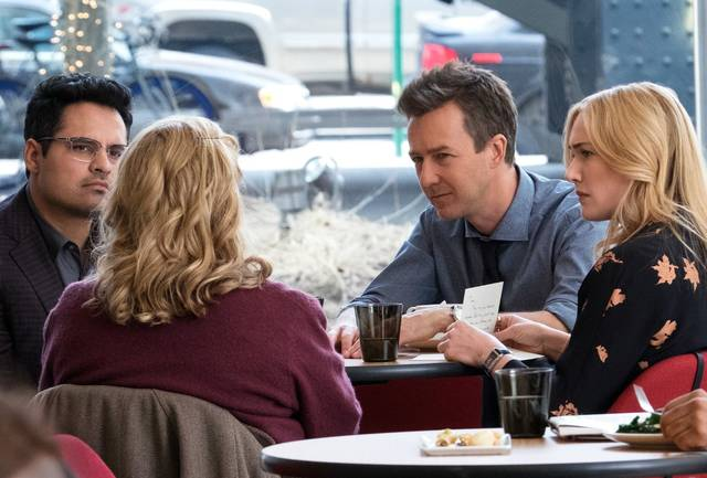 Collateral Beauty Kate Elizabeth Winslet Edward Norton Michael Peña foto dal film 3