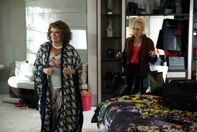 Absolutely Fabulous - The Movie Jennifer Saunders Joanna Lumley foto dal film 12