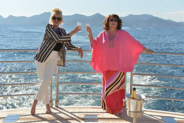 Absolutely Fabulous - The Movie Jennifer Saunders Joanna Lumley foto dal film 14