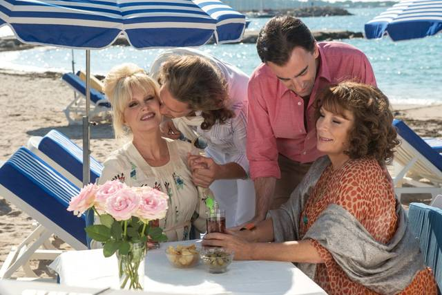 Absolutely Fabulous - The Movie Jennifer Saunders Joanna Lumley foto dal film 15