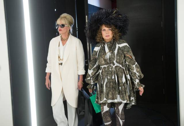 Absolutely Fabulous - The Movie Jennifer Saunders Joanna Lumley foto dal film 4