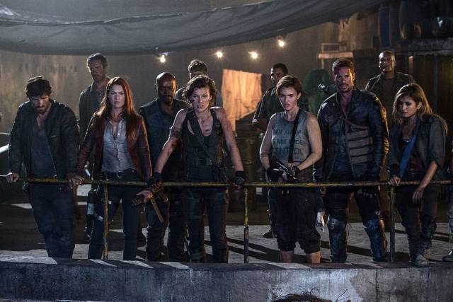 Resident Evil - The Final Chapter Rola Milla Jovovich Ali Larter Fraser James William Levy Eoin Macken Ruby Rose foto dal film 2