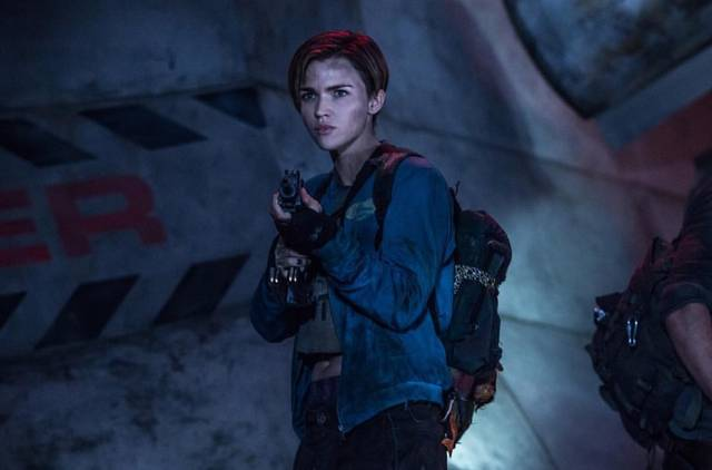 Resident Evil - The Final Chapter Ruby Rose foto dal film 4