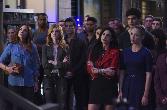 Shadowhunters s2 e10007 mid