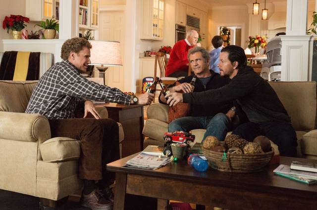 Daddy's Home 2 Mel Gibson Mark Wahlberg John Lithgow Will Ferrell foto dal film 1