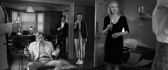 The Party Timothy Spall Patricia Clarkson Emily Mortimer Cillian Murphy foto dal film 4