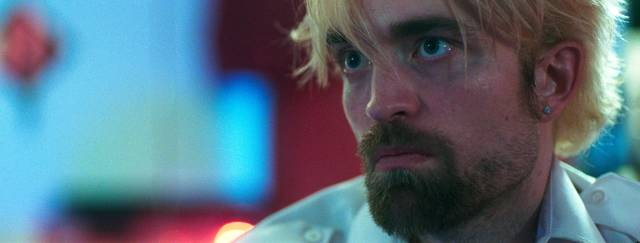 Good Time Robert Thomas Pattinson foto dal film 11