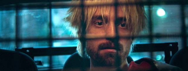 Good Time Robert Thomas Pattinson foto dal film 13