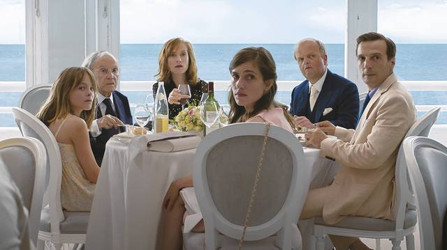 Happy End Fantine Harduin Jean Louis Trintignant Isabelle Huppert Toby Jones Mathieu Kassovitz Laura Verlinden foto dal film