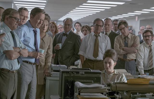 The Post Tom Hanks Meryl Streep Philip Casnoff David Cross Tracy Letts Bradley Whitford Jessie Mueller Carrie Coon foto dal film 2