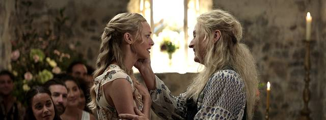 Mamma Mia - Here We Go Again Meryl Streep Amanda Seyfried  foto dal film 7