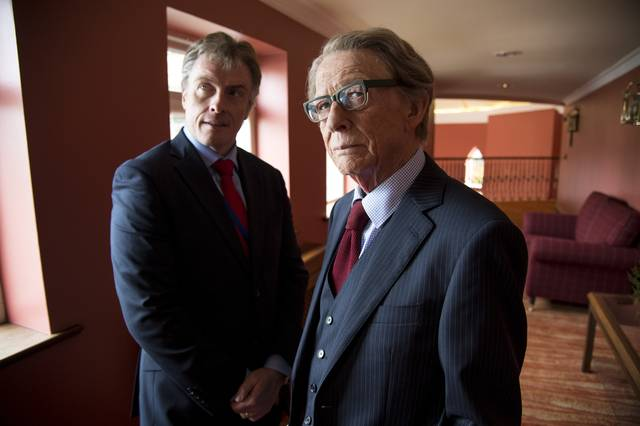 The Journey Toby Stephens John Hurt foto dal film 1