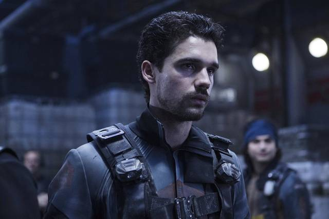 The expanse  s2 e3 0003 mid