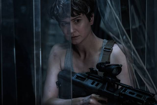 Alien Covenant Katherine Waterston foto dal film 2