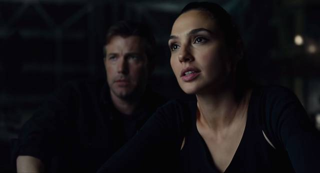 Justice League Ben Affleck Batman, Gal Gadot Wonder Woman Screenshot 2