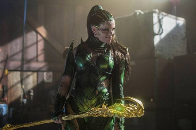 Power Rangers Elizabeth Banks foto film 2
