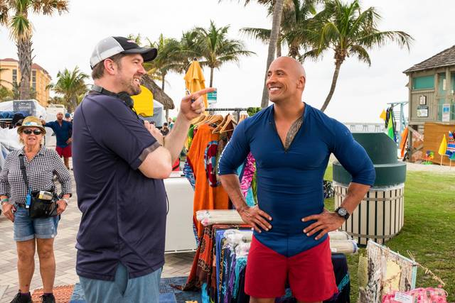 Baywatch_Dwayne Johnson ed il regista Seth Gordon_foto dal set 1