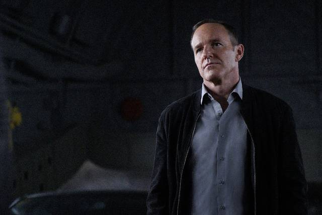 Agents%20of%20s.h.i.e.l.d.%204x21%20coulson%20promo%2001 mid