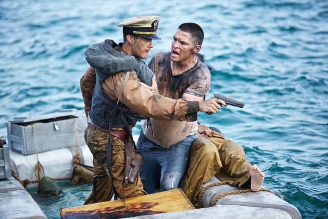 USS Indianapolis Thomas Jane Matt Lanter foto dal film 4