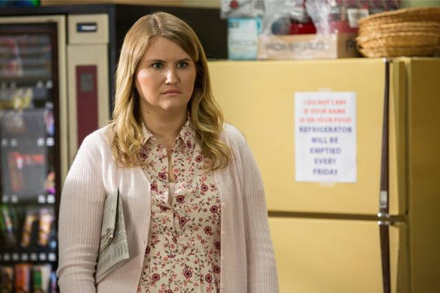 Fist Fight Jillian Bell foto dal film 3