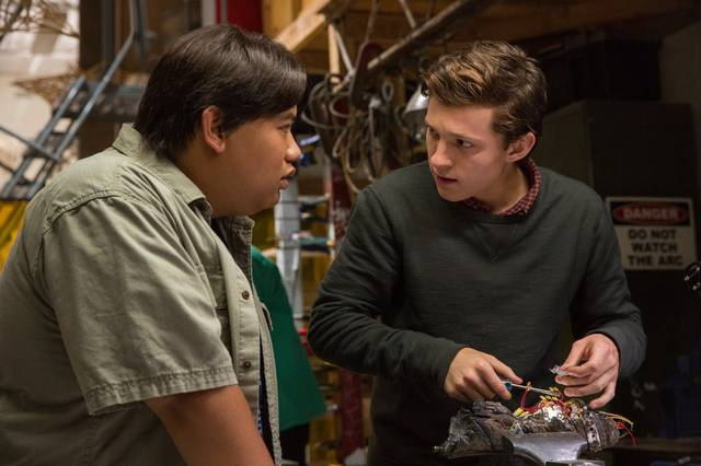 Spider-Man Homecoming Tom Holland Jacob Batalon foto dal film 5