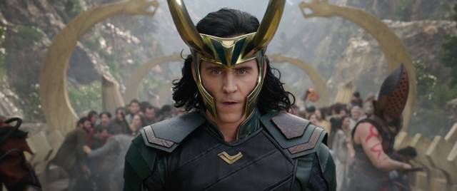 Thor - Ragnarok Tom Hiddleston foto dal film 5