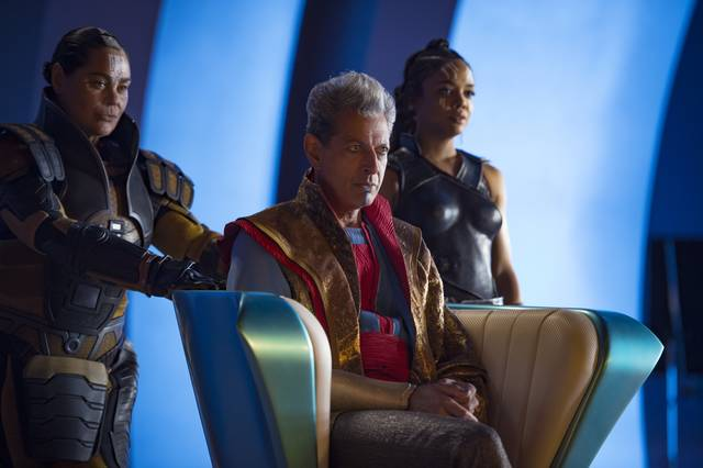 Thor - Ragnarok Tessa Thompson Jeff Goldblum foto dal film 1