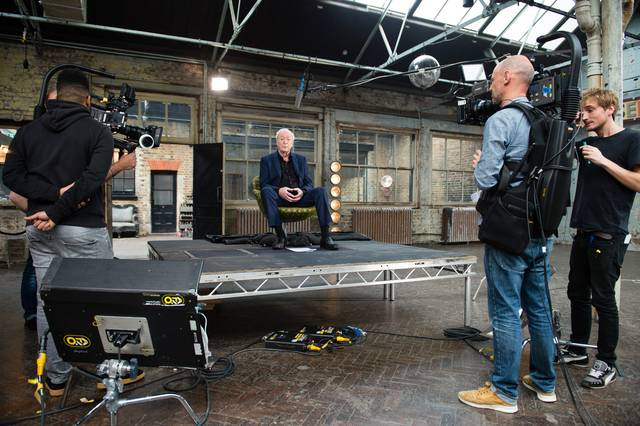 My Generation Michael Caine set dal film documentario foto 7