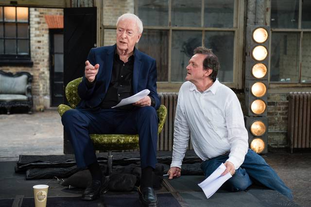 My Generation Michael Caine set dal film documentario foto 8