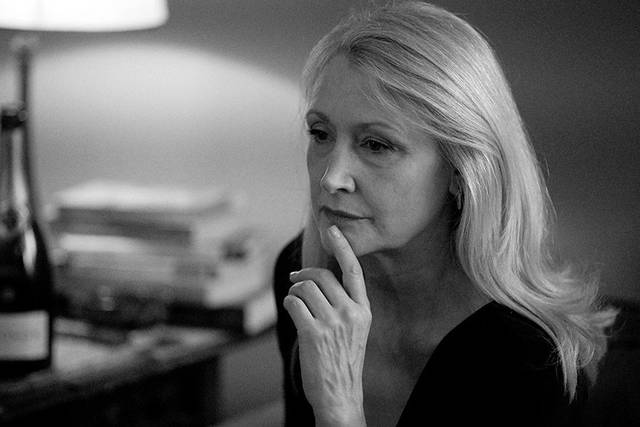 The Party Patricia Clarkson foto dal film 8