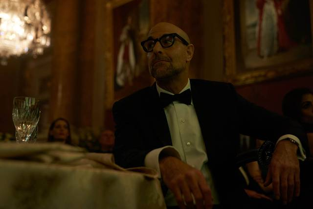 A Private War Stanley Tucci foto dal film 1