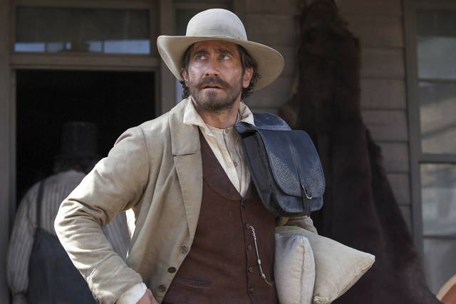 The Sisters Brothers Jake Gyllenhaal foto dal film 11