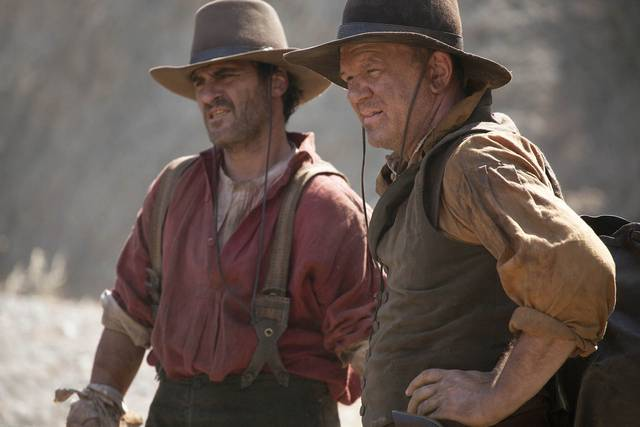 The Sisters Brothers John C. Reilly Joaquin Phoenix foto dal film 5