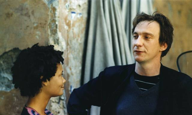l'assedio Thandie Adjewa Newton David Thewlis foto dal film 2