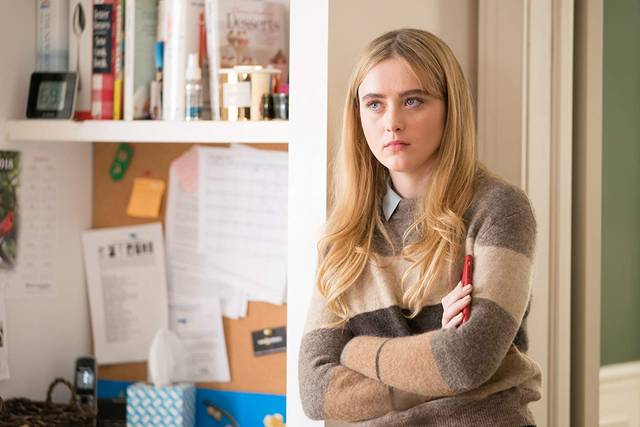 Ben is Back Kathryn Newton foto dal film 1