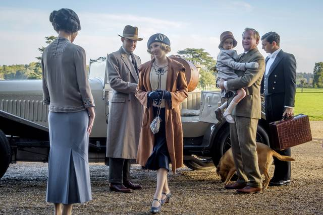 Downton Abbey_Laura Carmichael Hugh Bonneville_foto dal film 3
