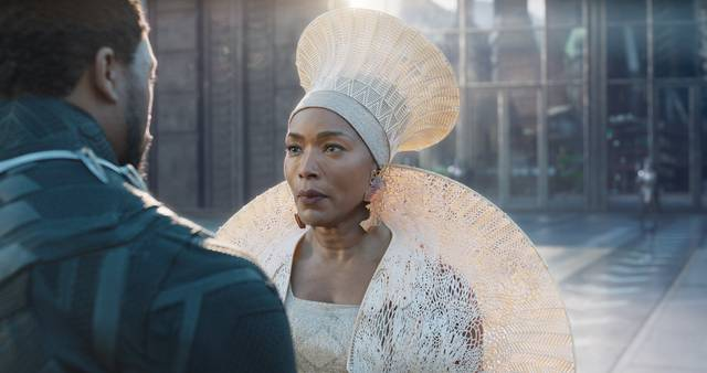 Black Panther Angela Bassett foto dal film 2