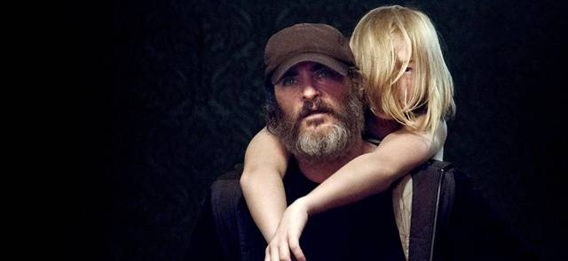 You Were Never Really Here Ekaterina Samsonov Joaquin Phoenix foto dal film 2