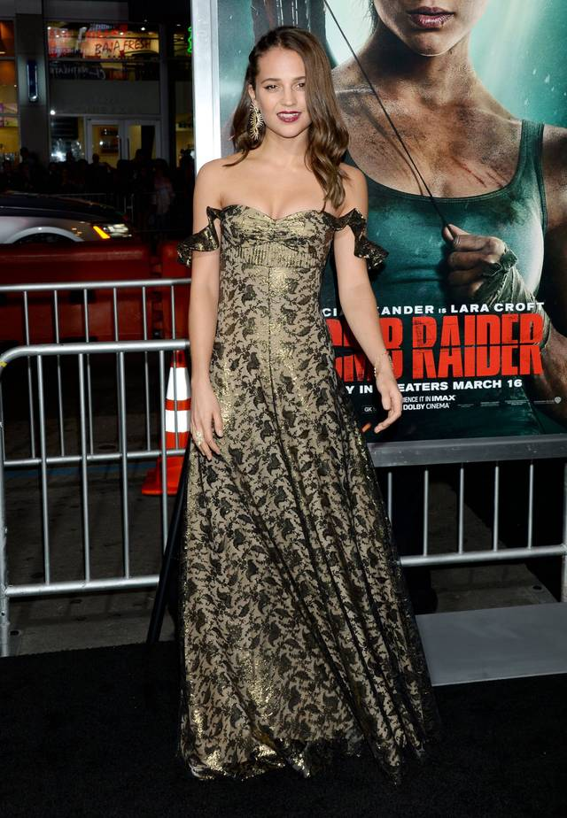 Tomb Raider - Alicia Vikander Premiere Hollywood foto 12