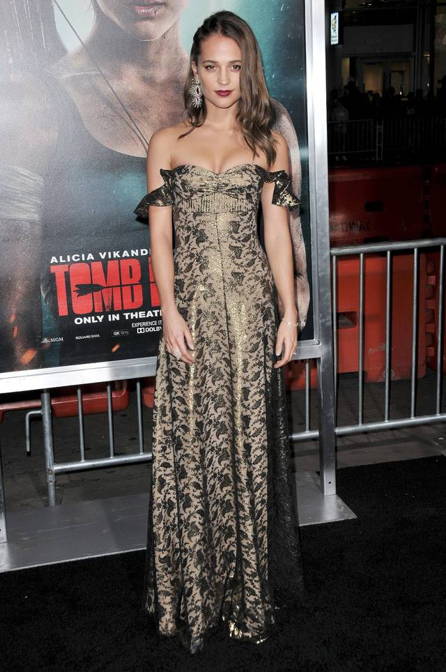Tomb Raider - Alicia Vikander Premiere Hollywood foto 25