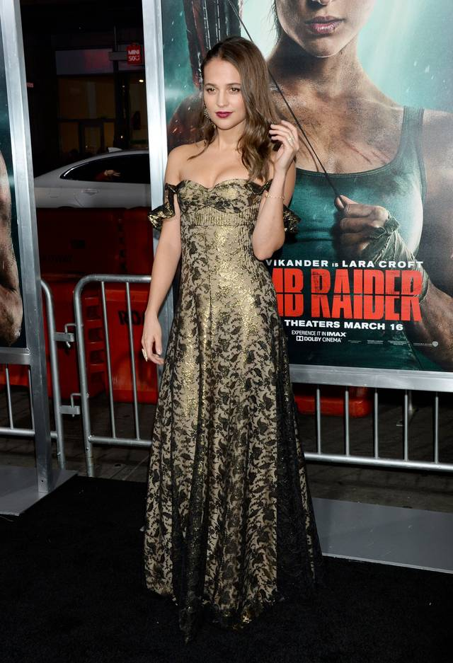 Tomb Raider - Alicia Vikander Premiere Hollywood foto 5