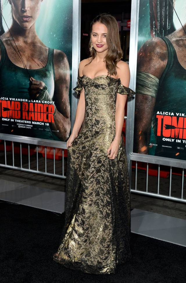 Tomb Raider - Alicia Vikander Premiere Hollywood foto 9